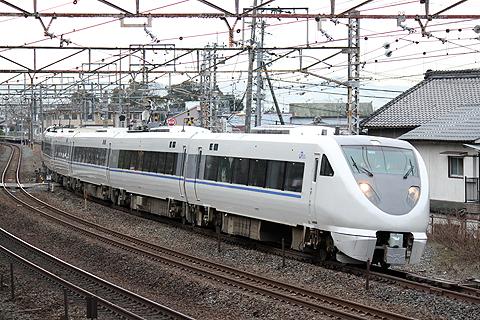 JR西日本 683系特急電車「サンダーバード」