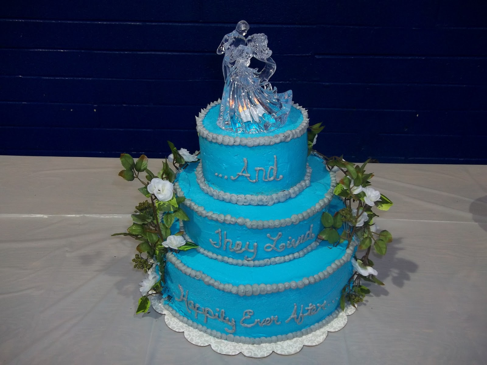 beauty and the beast inspired wedding cakes inspired by him cakes and the beast inspired 11244