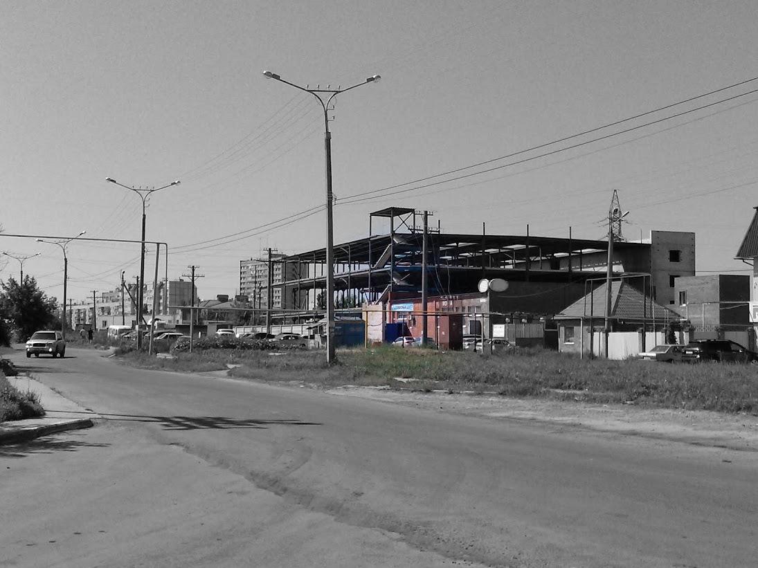 Проезд с ул. Льва Толстого