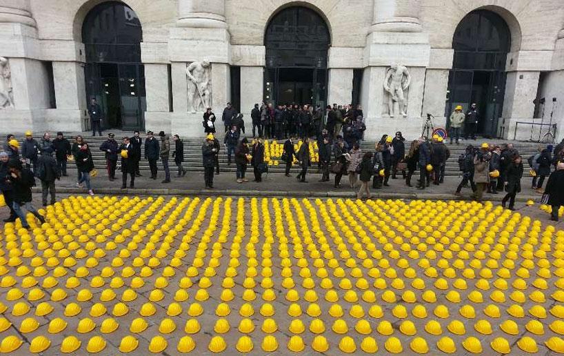 *10000頂黃色頭盔:視覺藝術的無聲抗議! 2
