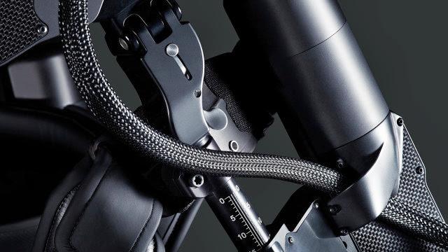 #可穿戴的機器人:ekso bionic suit 讓無法自由行動者再次感受到走路的樂趣! 3