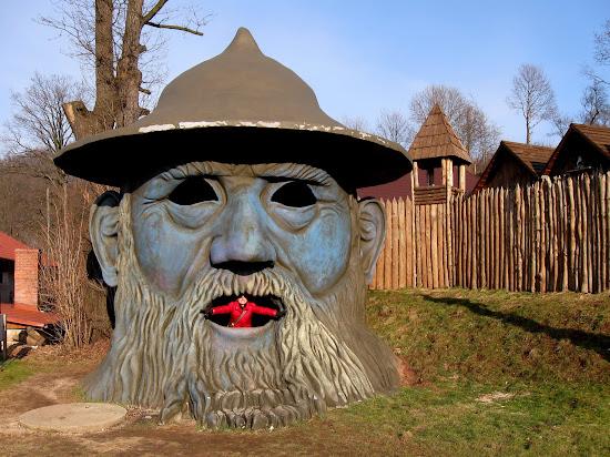 Zamek Śląskich Legend - języczek uwagi