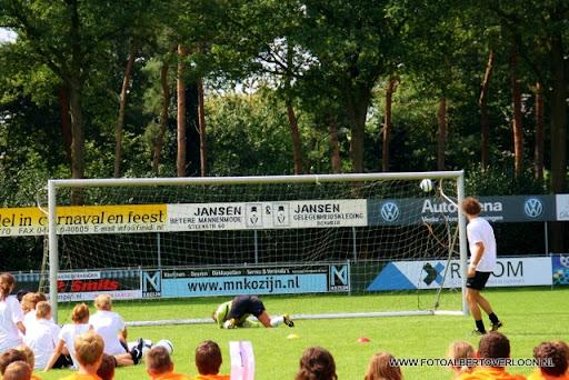 KNVB Voetbalweek sss18 Finale penaltybokaal 19-08-2011 (22).JPG