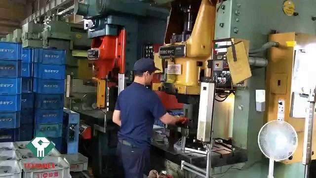 Đơn hàng dập kim loại cần 15 nam làm việc tại Gunma Nhật Bản tháng 08/2017