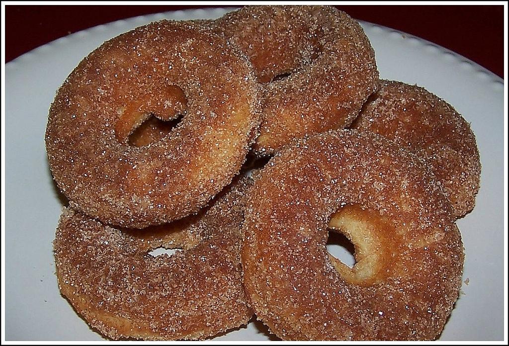 Olla-Podrida: Baked Cinnamon Sugar Donuts