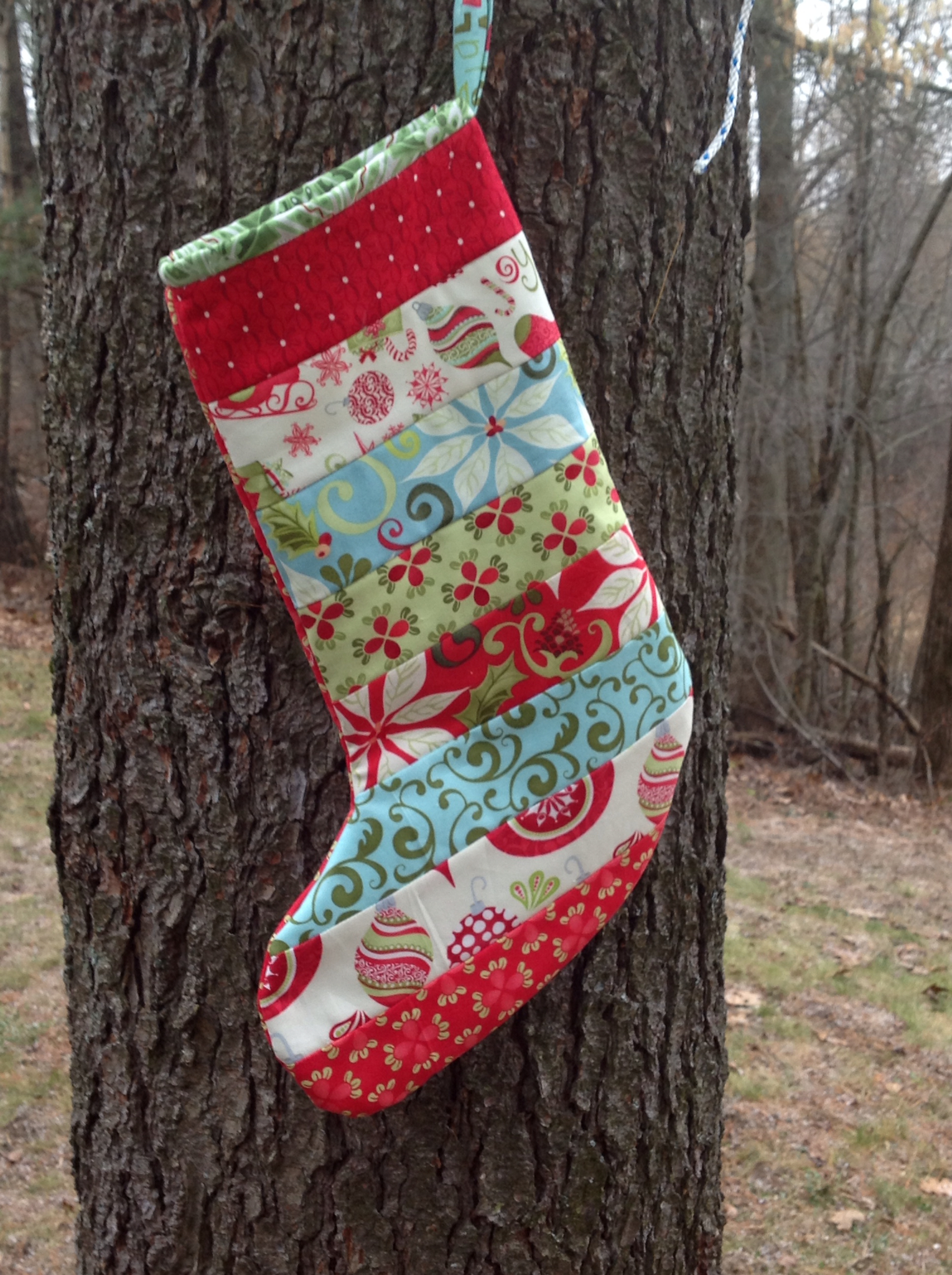 tutorial quilted christmas stockings - Quilted Christmas Stockings