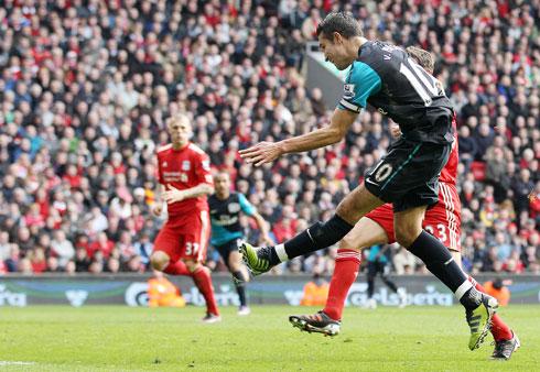 Robin van Persie, Liverpool - Arsenal