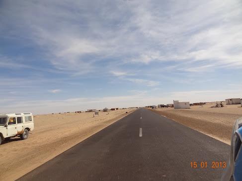 Marrocos e Mauritãnia a Queimar Pneu e Gasolina - Página 7 DSC06041