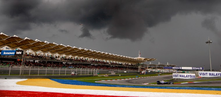 Nubes negras en el GP de Malasia 2009 de F1