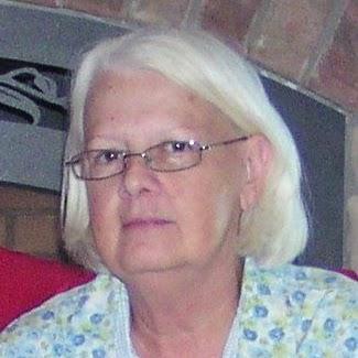 Linda Norris Photo 19