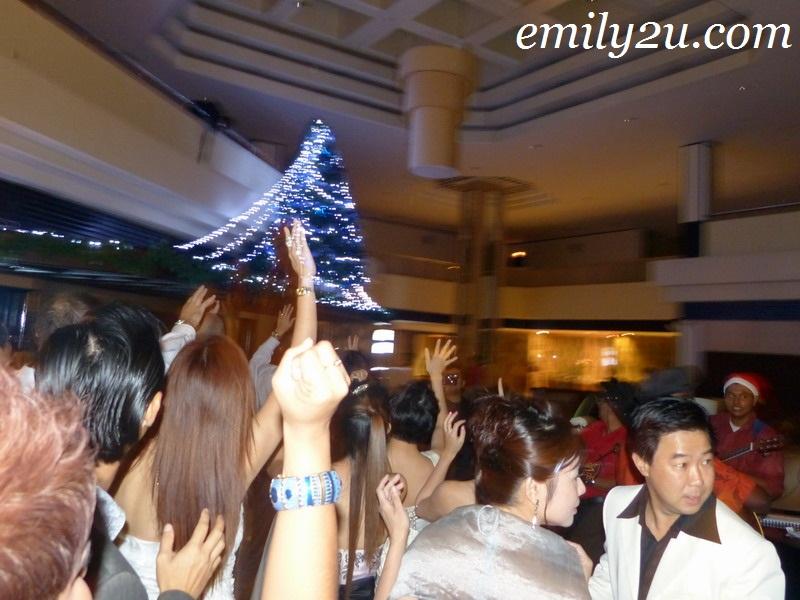 Christmas Tree Light Up @ Impiana Hotel Ipoh