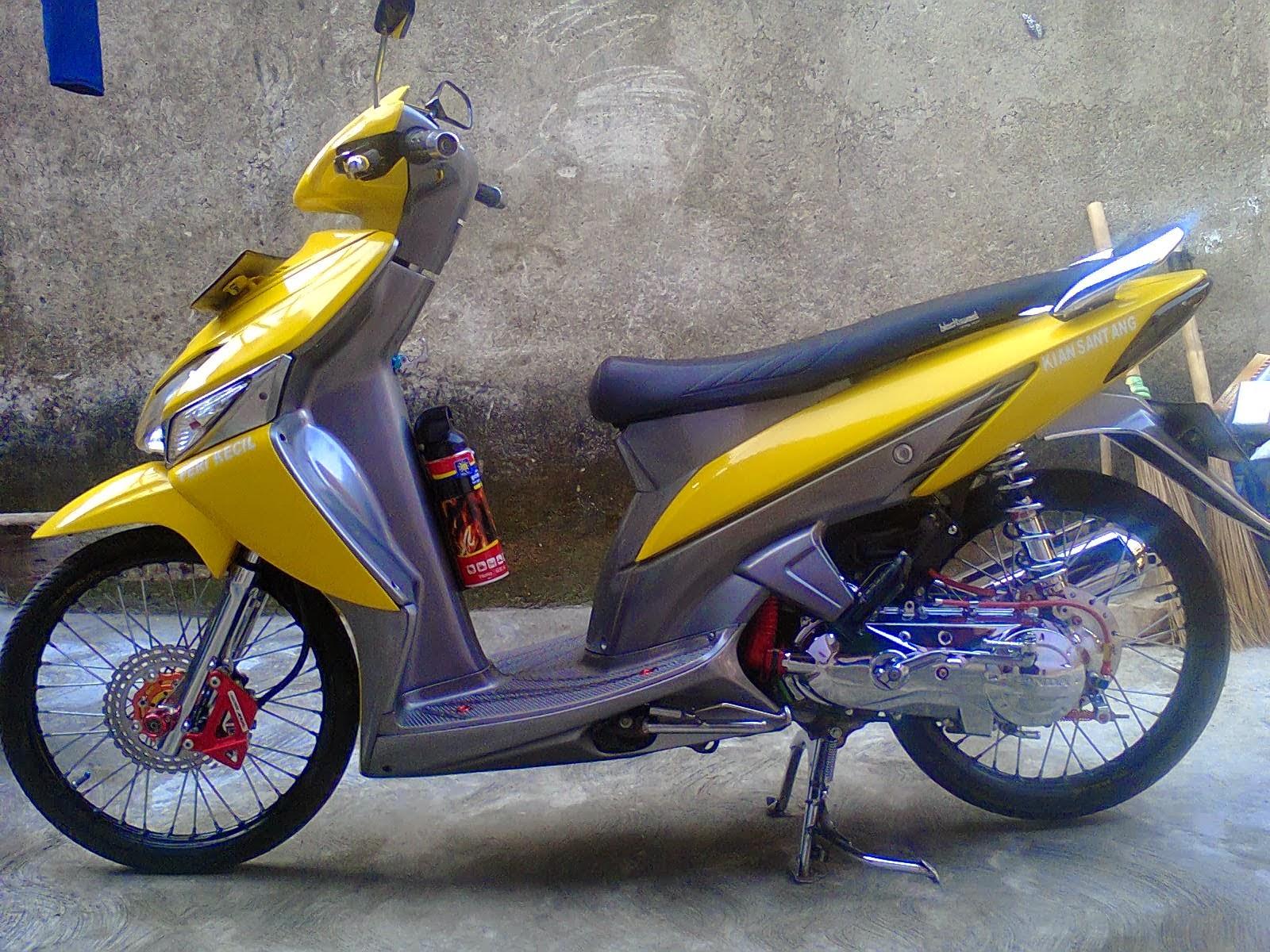 Modifikasi Honda Vario Simple Lampak Modifikasi