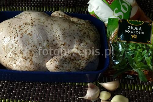 Kurczak pieczony na soli swiateczne polska pieczone obiad latwe kurczak i drob danie glowne codzienne  przepis foto