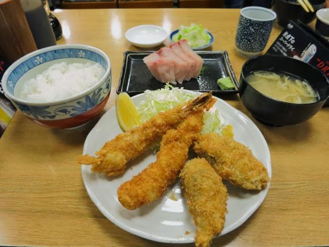 新橋和楽のエビカキランチ定食