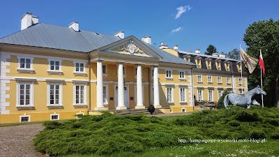 Wycieczka weekendowa do Pałacu w Racocie.