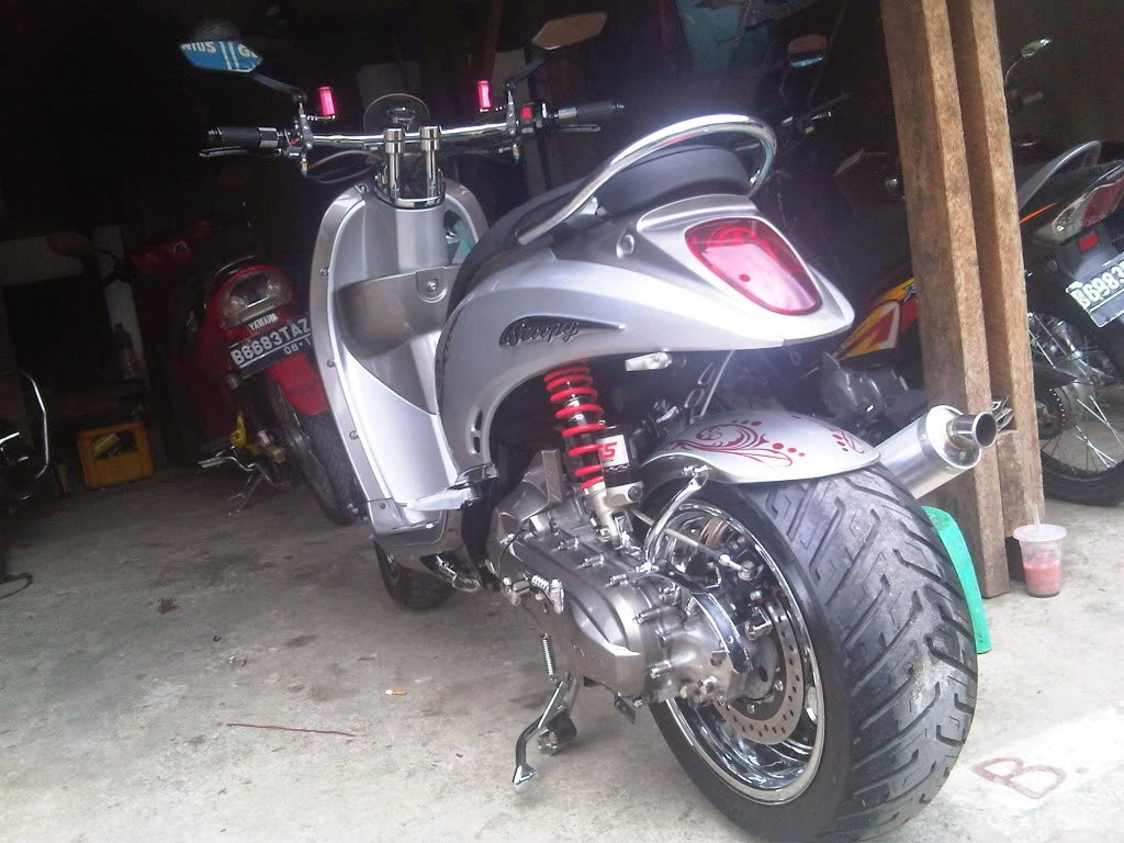 New Scoopy Fi Modifikasi
