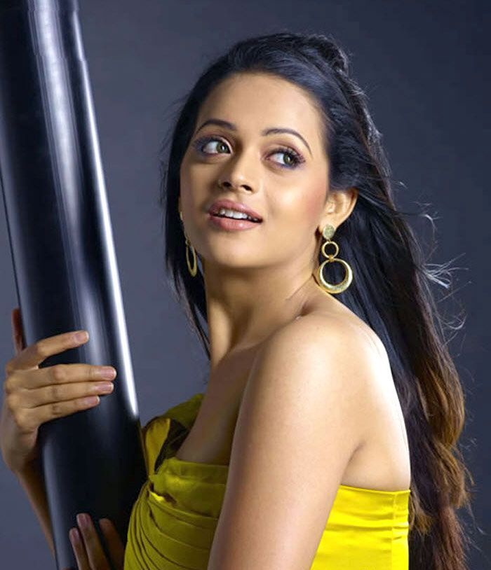 Stills4u Stills For You Bhavana Different Hair Style