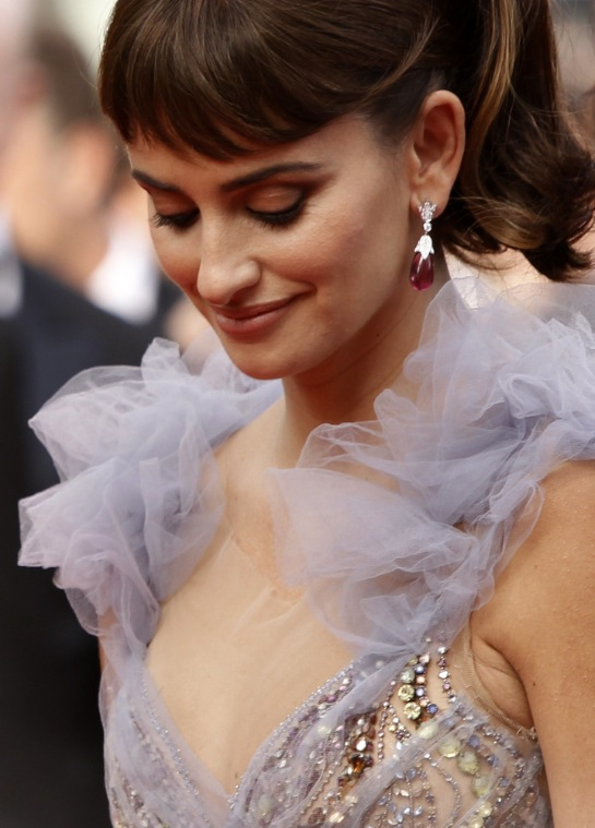 Penelope Cruz Looks Amazing:celebrities0
