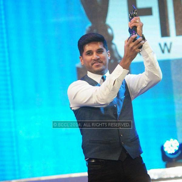 Vijay Yesudas won the Best Playback Singer Award for Thirayum Theeravum(Memories)during the 61st Idea Filmfare Awards South, held at Jawaharlal Nehru Stadium in Chennai, on July 12, 2014.