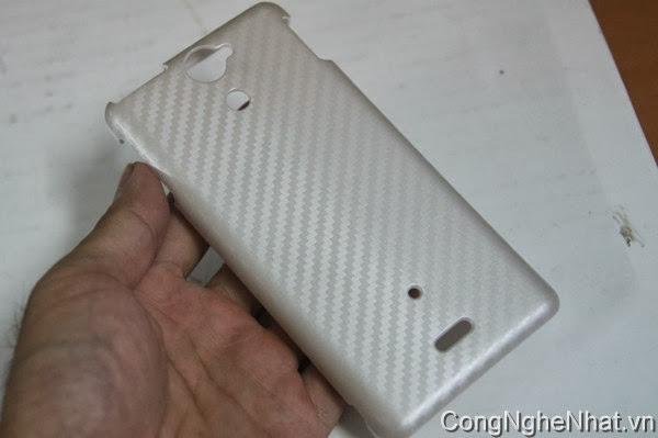 Ốp lưng cacbon điện thoại nhật SONY Xperia AX (SO-01E) mầu trắng