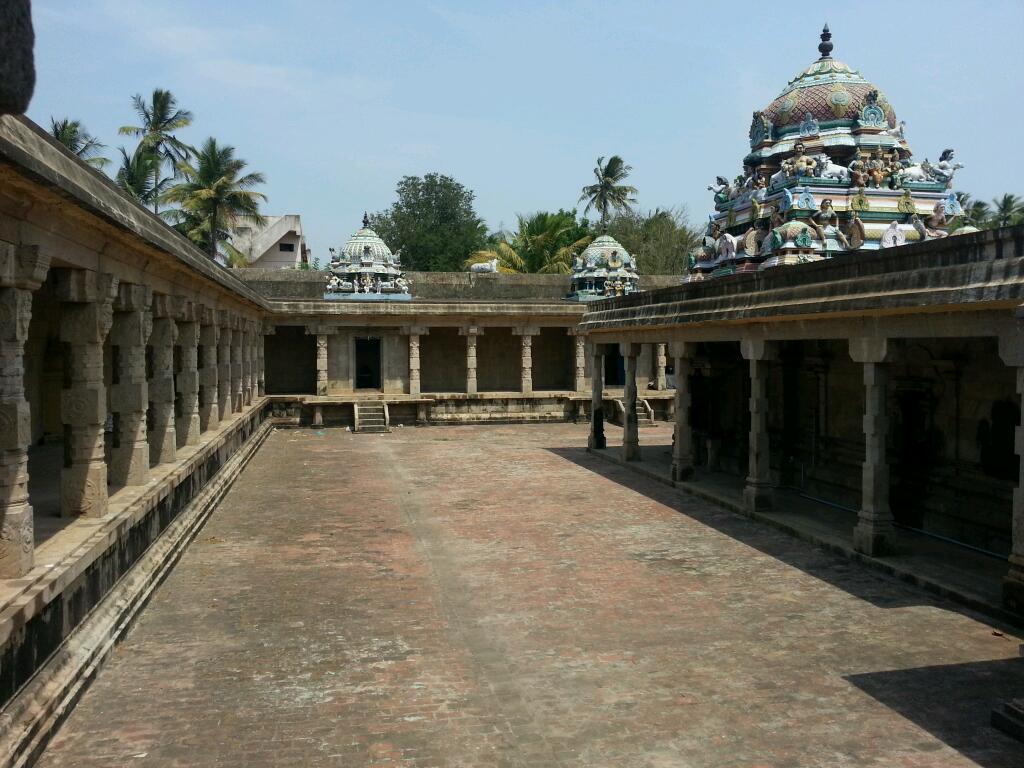 Sri Arulsomanathar Temple, Thiruneedur, Mayiladuthurai - 275 Shiva Temples
