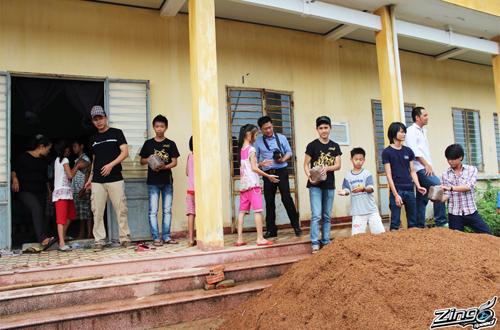 Game thủ Zing Speed làm từ thiện tại Đà Nẵng 5