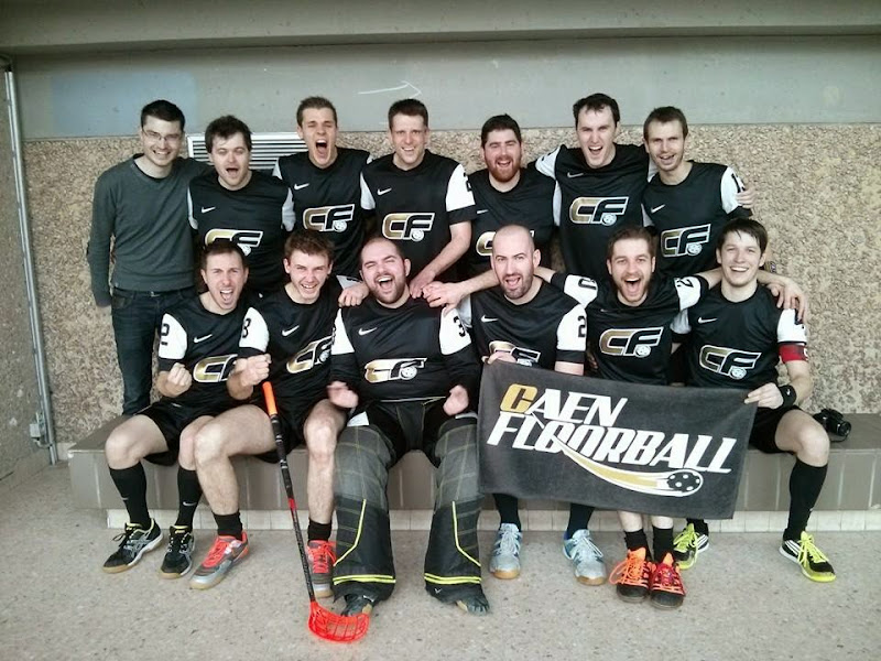 La D1 Caen Floorball s'impose 6-5 contre les Pirates de Lyon, champions de France 2012 !