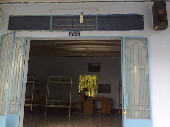 1 số hình ảnh đi làm từ thiện của BQT tại Chùa Diệu Pháp ( 19/4/2013) Hi%25CC%2580nh0406