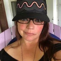 Sarah Marie's avatar