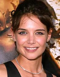 Katie Holmes rosto quadrado