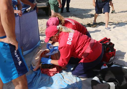 Uma jovem francesa praticante de surf foi atingida por uma prancha. Foto: Carlos Tiago