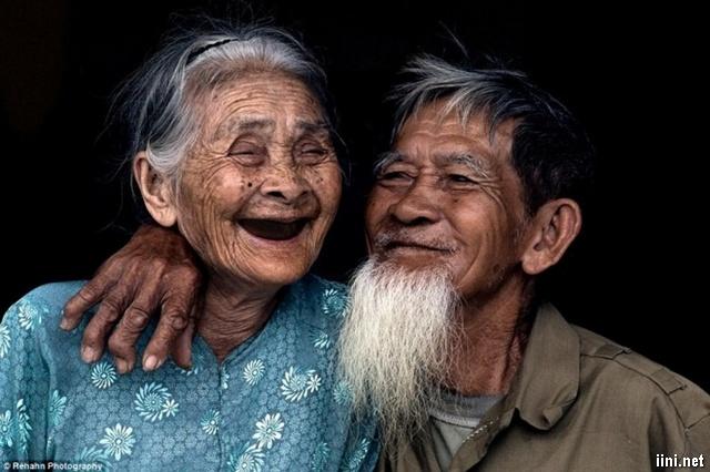 ảnh vợ chồng già thật đẹp và tình cảm