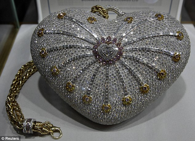 world's most expensive purse, guinness world record