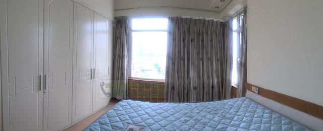 saigon pearl ruby 2 cho thuê - phòng khách có cửa kính lớn