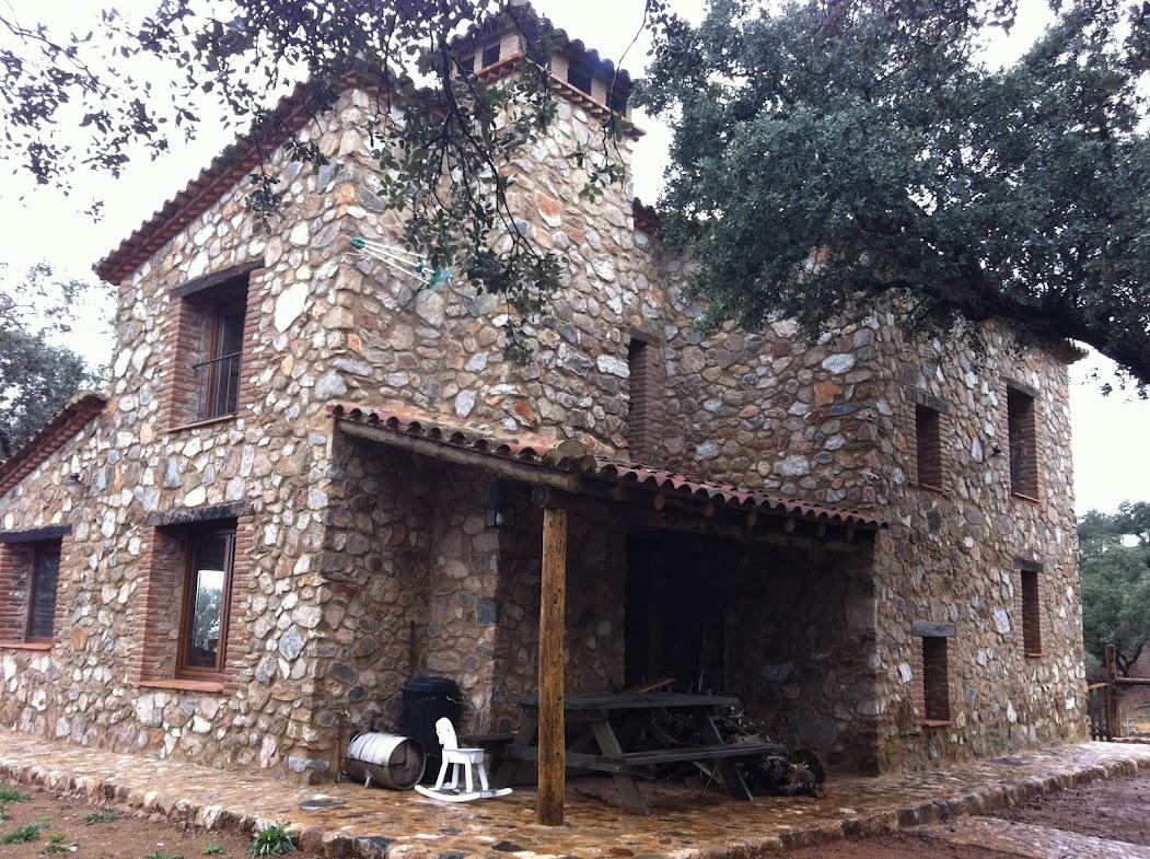 Casa villa en venta huelva sierra de aracena 150m2 10 has de finca - Casas rurales sierra de aracena ...