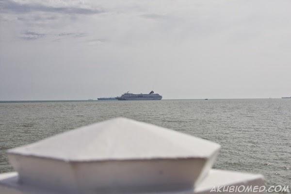 kapal mewah