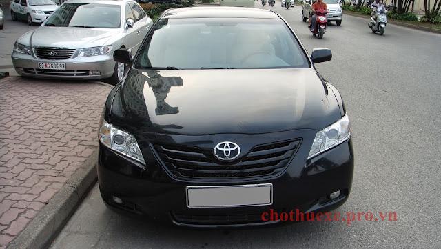 Cho thuê xe Camry LE giá rẻ tại Hà Nội