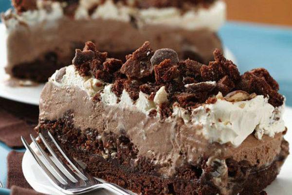 Torta de Sorvete com Biscoito de Chocolate