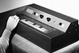 El Printed Circuit Keyboard de Hugh Le Caine