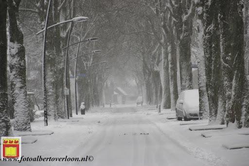 eerste sneeuwval in overloon 07-12-2012  (13).JPG