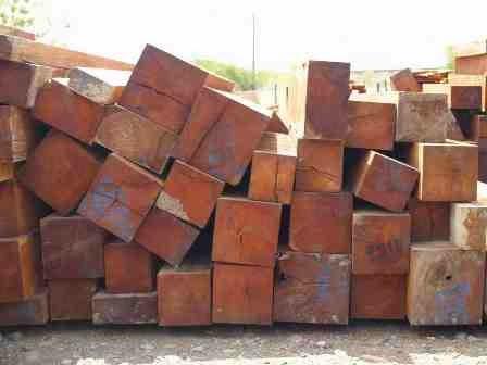 Cách nhận biết đồ gỗ tẩm hóa chất chống mối mọt