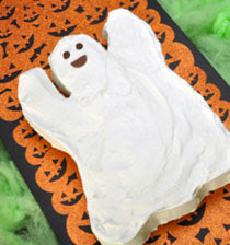 Boo the Friendly Ghost Cake