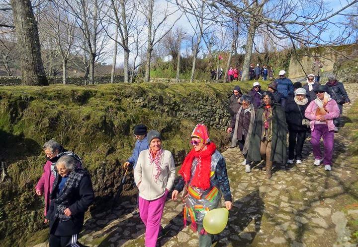 Séniores da Penajóia participaram em caminhada