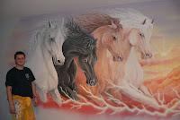 Malarstwo ścienne, konie w galopie, Gdańsk