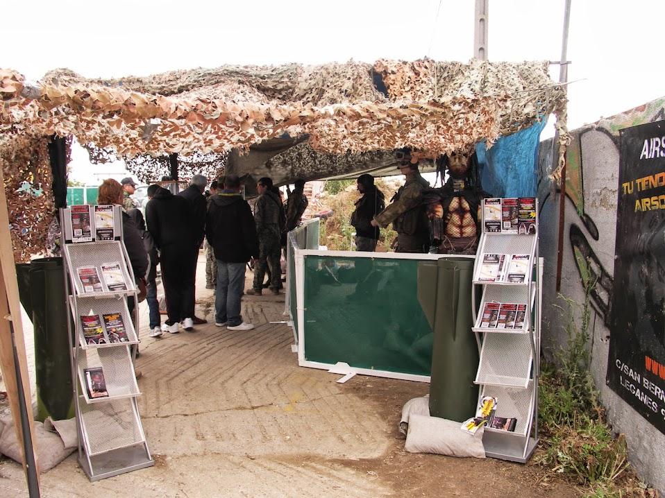 Fotos y videos de la Feria Open War 18/05/13 PICT0044