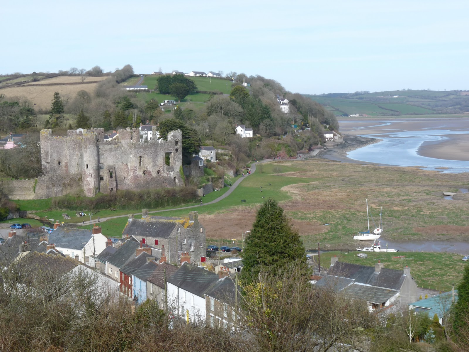 wild and wonderful beside the sea 3 laugharne red