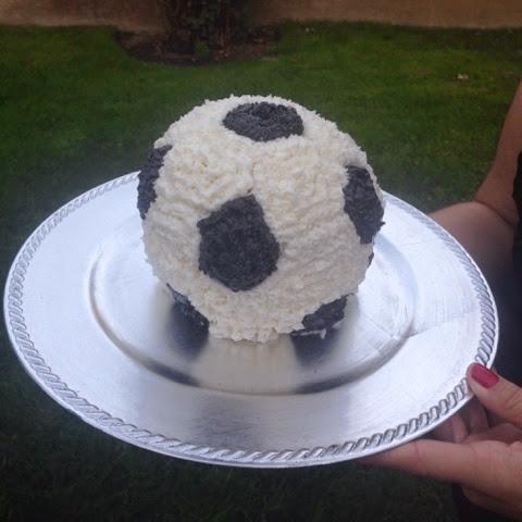 Aubrey Zaruba soccer ball cake