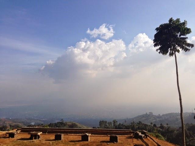 Cara menuju bukit moko