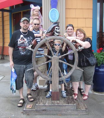 POD: Posing with a Pirate