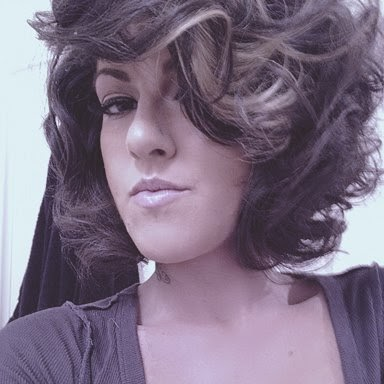 Olivia Black Photo 19